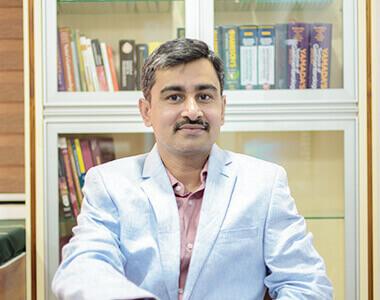 Dr. Ravindra Gaadhe