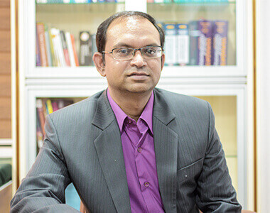 Dr. Kunal Bhardwaj